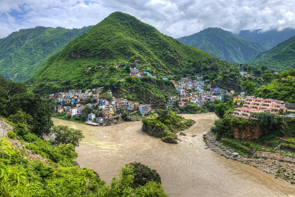 Rzeka Bhagirathi jest uznawana za główne źródło Gangesu